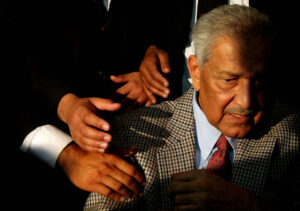 """Abdul Qadeer Khan: Pakistani Nuclear Scientist Who Escaped Assassins, Built a Nuclear Bomb, and """"Ate Grass"""""""